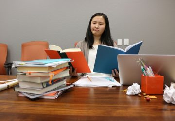 How to Write an Outstanding Scholarship Essay